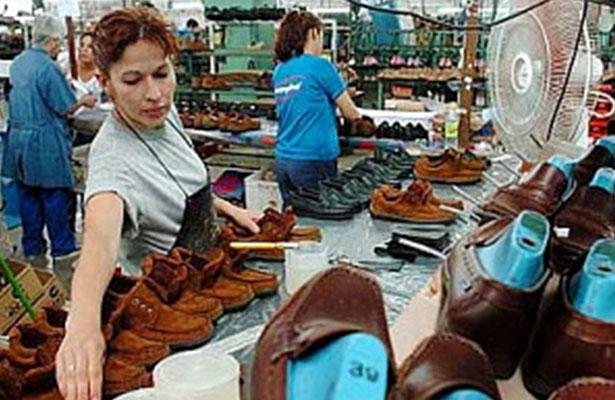 """Industria del calzado en México se moderniza para no morir """"ahogada"""" por la ilegalidad"""