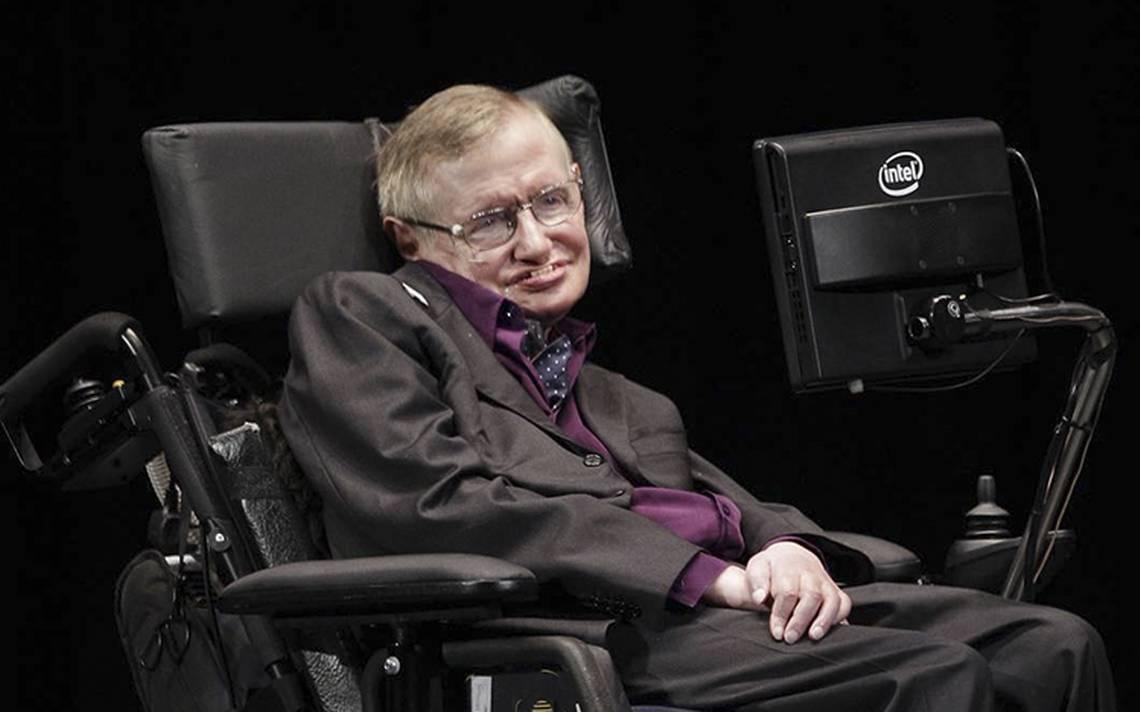 ¿Por qué Stephen Hawking quedó confinado a una silla?