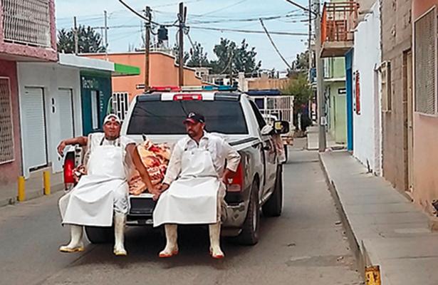 Patrullas repartidoras de carne, la nueva modalidad