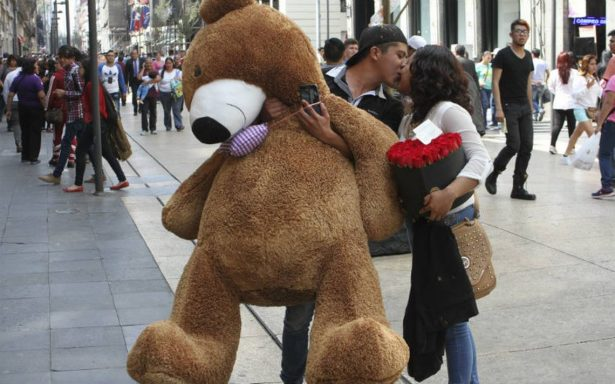 Estiman derrama económica por 21 mil mdp en el país por Día del Amor