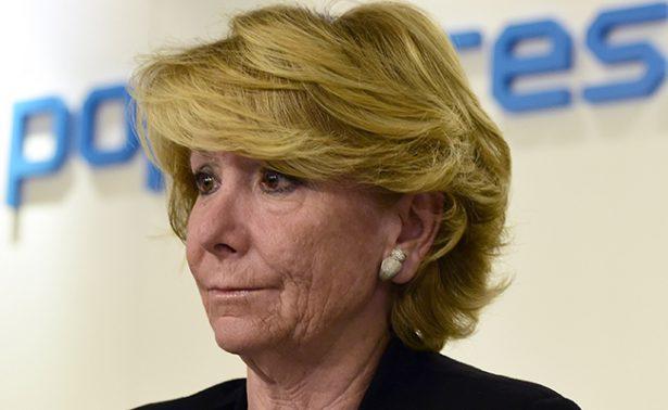 Dimite Esperanza Aguirre como concejal de Madrid salpicada por corrupción