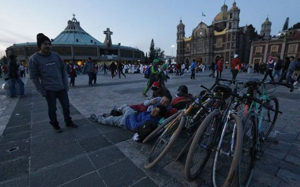 Continúa la llegada de fieles a la Basílica de Guadalupe