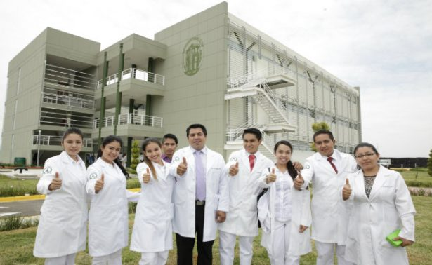 Aumenta matrícula de profesionistas en el Edomex