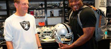 Marshawn Lynch firma con Raiders y ¡vendrá a México!