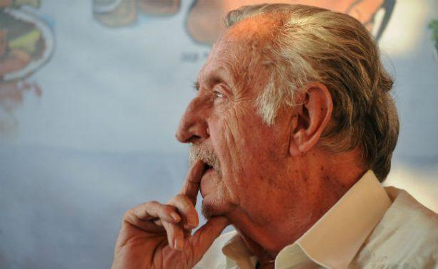"""""""Hasta siempre maestro"""", políticos y periodistas se despiden de Rius"""