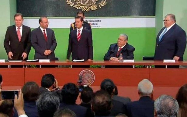 Aumento al salario mínimo no es un ajuste menor: Peña Nieto