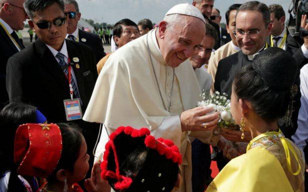 En medio de crisis, Papa Francisco visita Myanmar