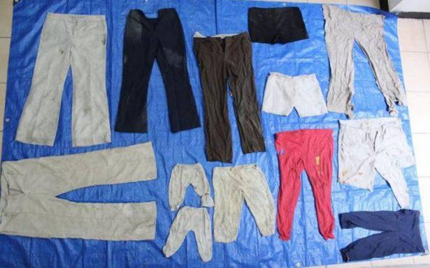 Publican desgarradoras fotografías de prendas encontradas en fosas de Veracruz