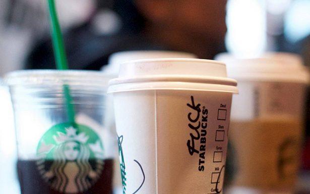 Starbucks estancado: no logra atraer más clientes en EU pese a promociones