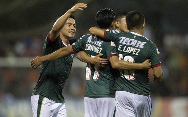 Guadalajara vence al Cibao en la Concachampions