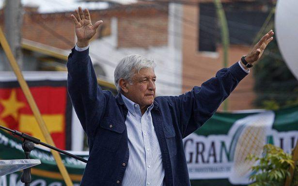 AMLO en 'huelga de opiniones'; acusa al INE de no poner orden en intercampaña
