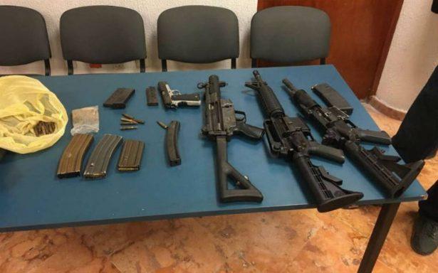 Aseguran armas largas y detienen a cinco en Cancún