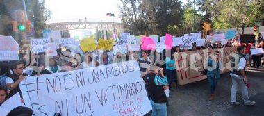 """""""Ni un victimario más""""; estudiantes de Ibero exigen alerta de género en Puebla"""