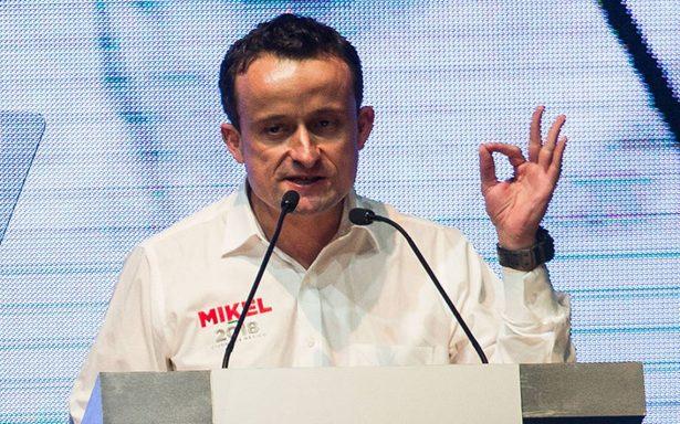 Mikel Arriola asegura que se resolverán problemas de transporte y agua
