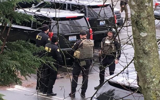 Washington en alerta por supuesto tiroteo en Universidad de Highline