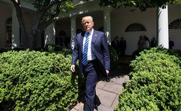 """Abogados de Casa Blanca se blindarán ante """"improbable"""" destitución de Trump"""