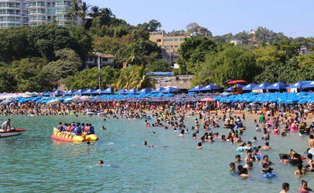 Listo el espectáculo de pirotecnia en Acapulco para recibir 2017
