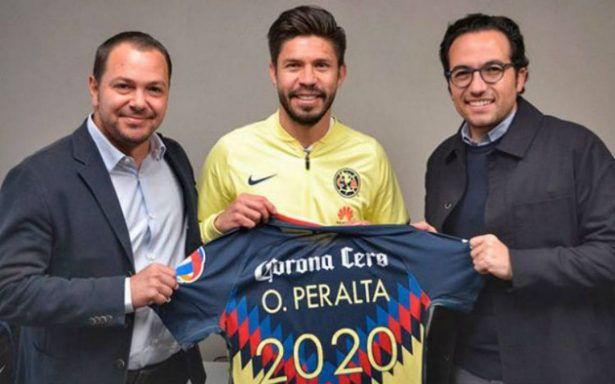 Oribe Peralta renueva con América hasta el 2020