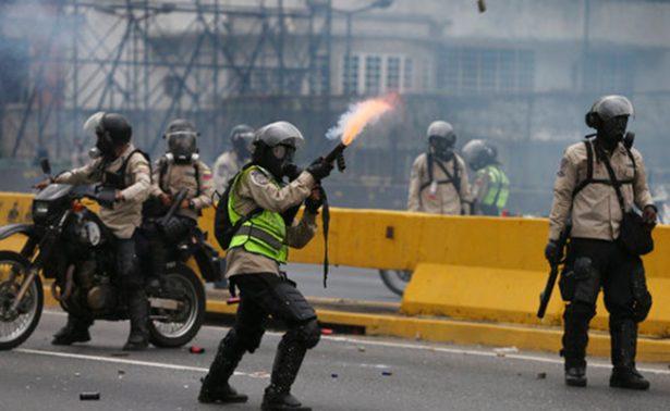 Fuerzas de seguridad dispersan nuevas protestas opositoras en Caracas