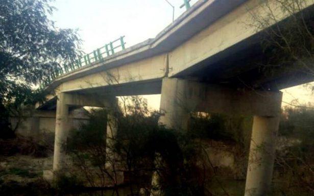 Reportan inminente colapso de puente en Nuevo León