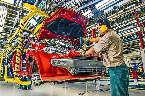 México se consolida como séptimo productor de vehículos en el mundo
