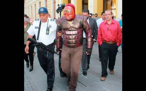 Fuerzas del orden capturan a Capitán AMLO en Orizaba