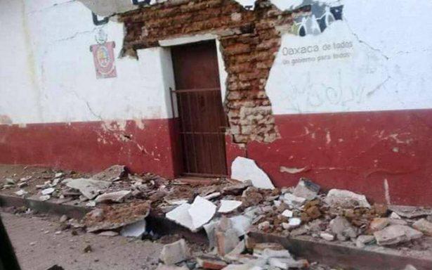 Cientos de casas dañadas por sismo en Oaxaca; van 590 réplicas
