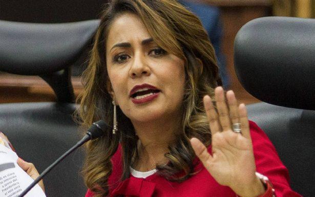 """PRI demanda ante el INE  a López Obrador por """"maquillar recursos"""""""