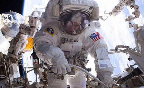 Houston… Tenemos un problema: ¡No hay trajes espaciales de la NASA!