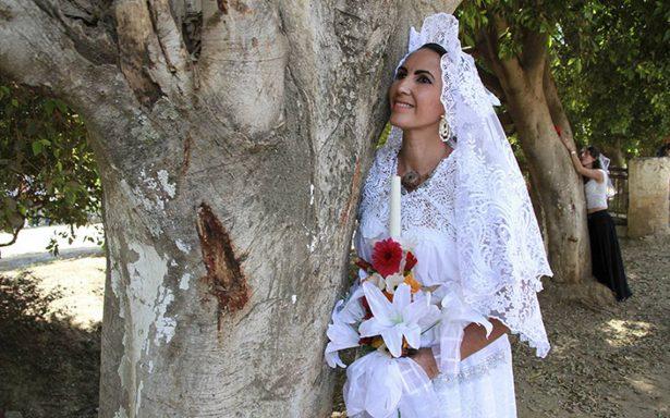 Descubre por qué 30 personas amorosas se casaron con árboles en Oaxaca