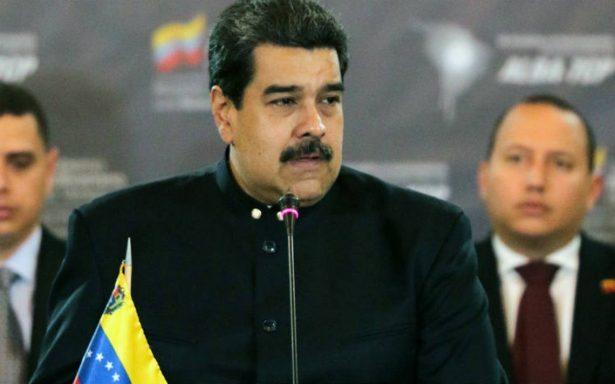 """Maduro advierte que """"terroristas"""" tendrán el mismo fin que piloto rebelde"""