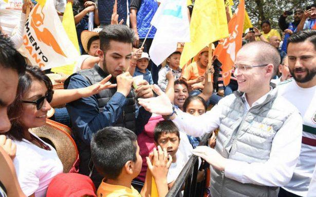 Se mofa Anaya de AMLO por cierre fallido en estadio de Veracruz