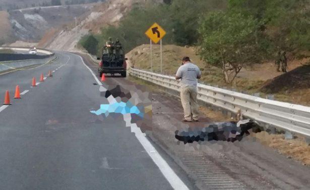 Hallan 3 cuerpos desmembrados sobre Autopista del Sol