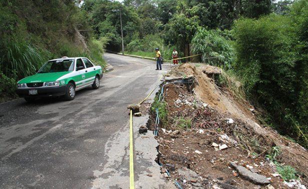 Lluvias provocan deslaves en Xalapa y Tlalnelhuayocan