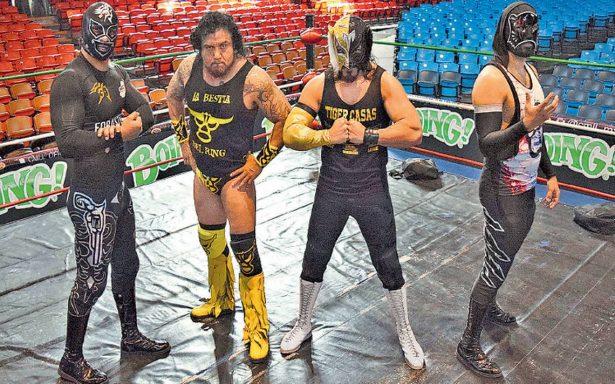Se disputa el torneo por la Copa de Dinastías, en la Arena México