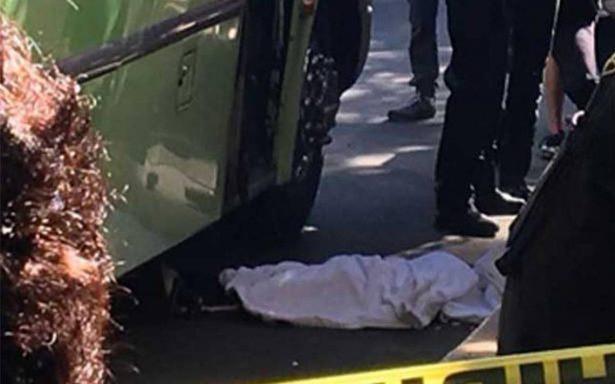 Microbús arrolla a pequeño de cuatro años en Santa Fe