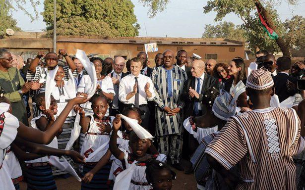"""Macron propone una """"nueva relación"""" entre Francia y África"""