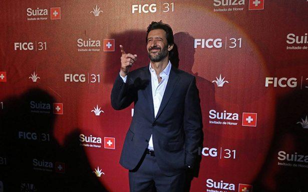 José María Yazpik debutará como director