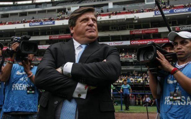 Miguel Herrera será sancionado de manera interna en América por insulto a aficionado