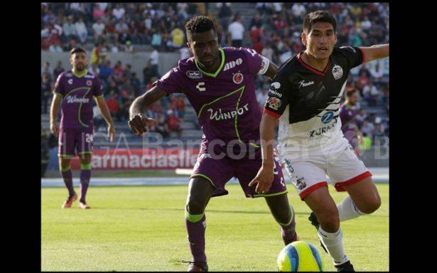 Lobos quiere la salvación y hunde a Veracruz tras golearlo 5-0