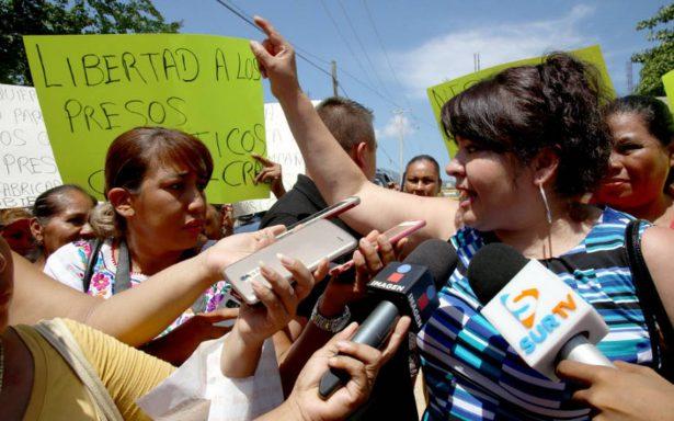Nestora Salgado recorrerá penales del país para escuchar a reos