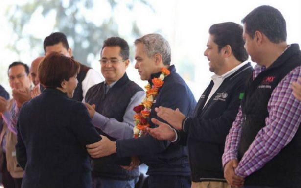 Mancera se reúne con padres de familia del Colegio Rébsamen