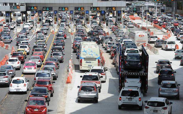 Autopistas registran aforo vehicular por regreso de vacacionistas