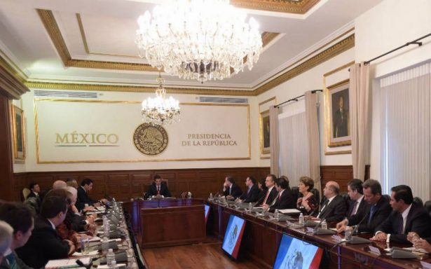 Peña Nieto verá el segundo debate acompañado de sus colaboradores
