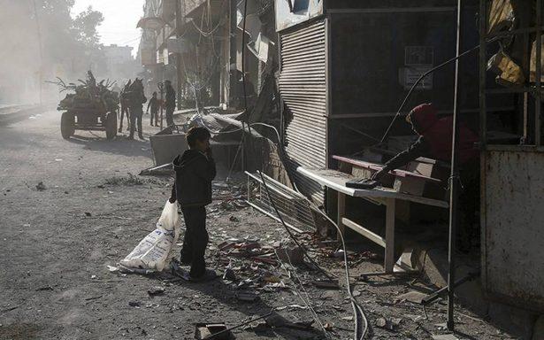 Coalición antiyihadista de EU responde con ofensiva aérea a fuerzas pro-régimen