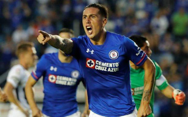 Cruz Azul volvió a las andadas, y apenas salva el empate con Pumas