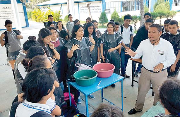 Estudiantes y ambientalistas se capacitan para proteger especies