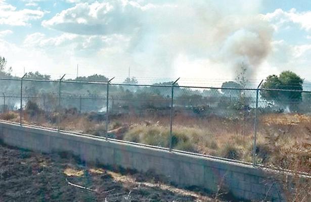 Incendio pone en riesgo fábricas