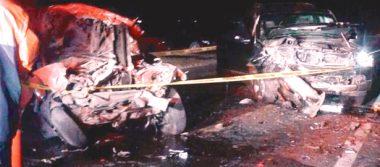 No alcanzó a rebasar y colisionó, murió conductor de auto impactado