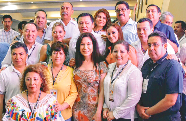 Diputados hidalguenses presentes en Décima Asamblea de COPECOL